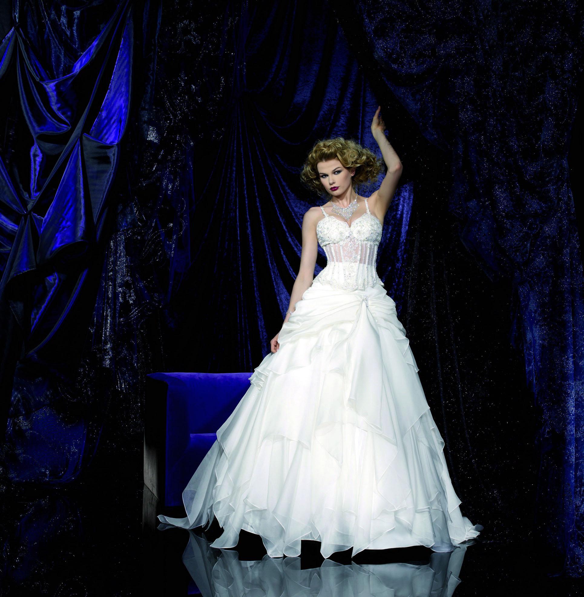 Свадебный салон «Harsik» » Свадебные платья » KELLY STAR