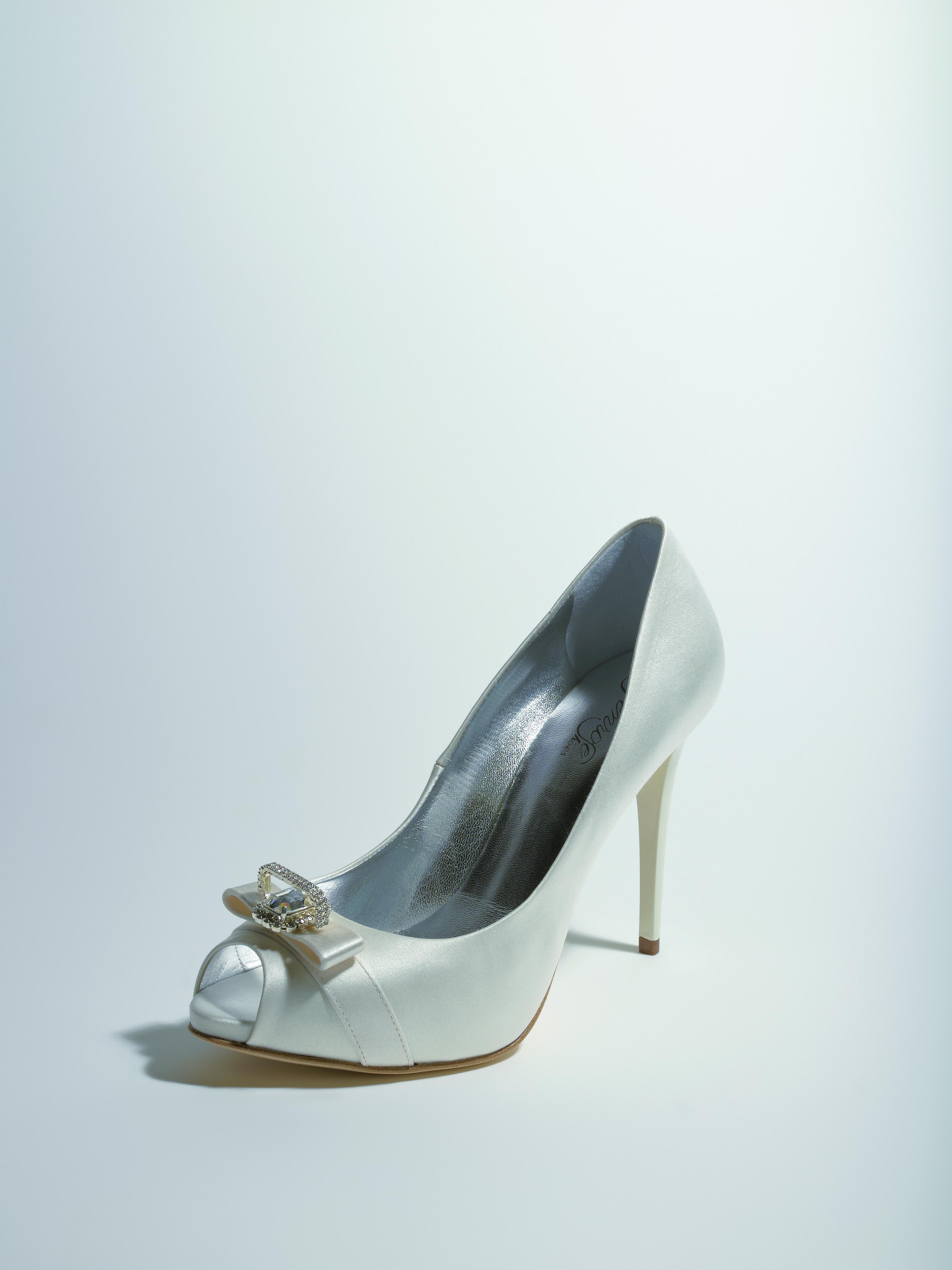 Saloon :: купить свадебные туфли в Москве