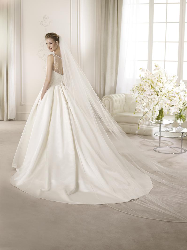 Свадебное платье 54 размера 12