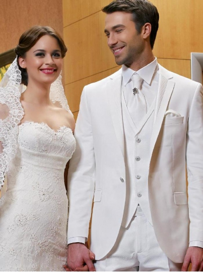 Мужской костюм 149 EFES белый